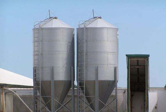 feed storage silo poultry