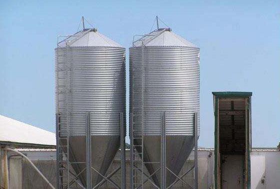 feed storage silo poultry