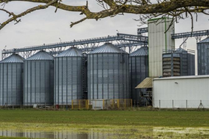 pig farming storage silo